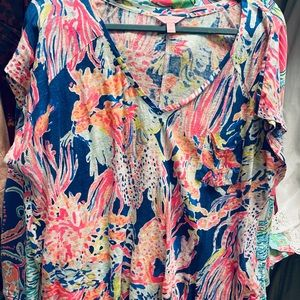 Lilly Pulitzer short sleeve top xl